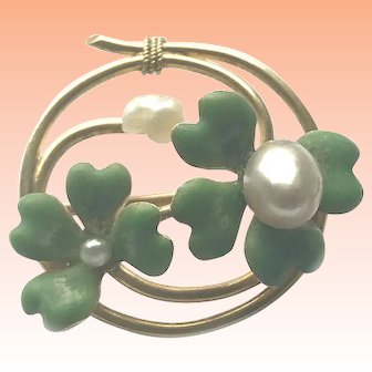 Vintage 14kt gold Art Nouveau Circle Pin with Cultured Pearl and Enamel Four Leaf Clover Motif