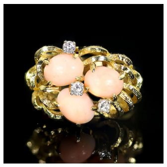 14 Karat Gold Ring with Three Egg-Shaped Coral and Diamond