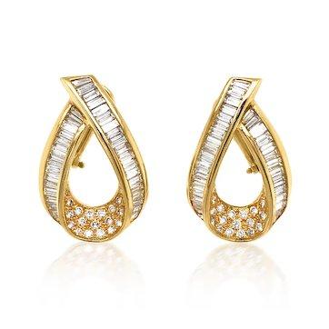 Pair of Diamond and 18K Gold Loop-shaped Earrings