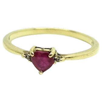 Vintage 1980s Ruby and Diamond Heart 9ct Gold Ring