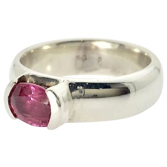 Stunning 1.25ct Pink Oval Sapphire S/S Ring