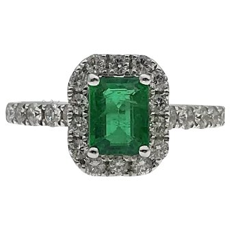 Magnificent 18kw 1.00ct Emerald and 0.75ctw Diamond Ring