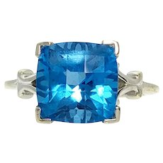 14kw Square Blue Topaz Ring