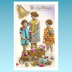 "c1920 Polish Language Easter Greeting RPPC Real Photo Postcard - Embossed ""Weslego Alleluja"" Polish Easter Greeting - Hand-colored Easter Sunday Children's Dresses - French Publisher Ceko - Message in Polish"
