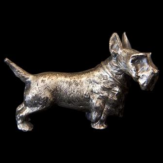 Vintage Jennings Brothers Cast Metal Scottie dog Figurine