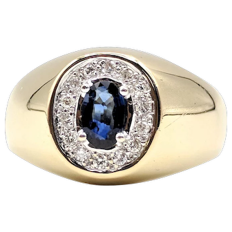 Stunning Men's Oval Cut Sapphire & Diamond Ring set in 14K Yellow Gold