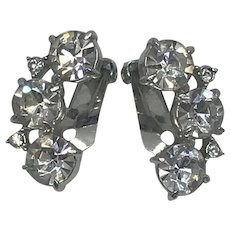 Beautiful Vintage Rhinestone Earrings, Clip On