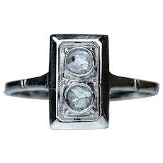 Art Deco Diamond 18 Carat Gold Toi et Moi Ring