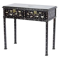 19th Century Japanese Mother-of-Pearl Inlaid Lacquer Table