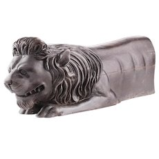 Wonderfull Baroque Portuguese Mid 18th Century Carved Sculpture of a Recumbant Lion, Circa 1750