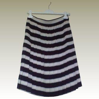 Classy Vintage 80s Nautical Striped Pleated Emanuel Ungaro Skirt Size 6-8
