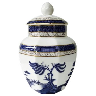 Royal Doulton Booths Real Old Willow Blue Covered Jar 1981