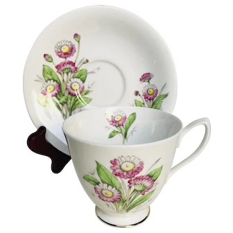 Royal Albert Tea Cup and Saucer Daisy 1950s Flower of the Month April