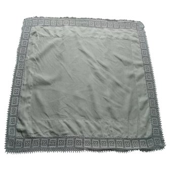 White Irish linen Butler's tray cloth with crochet lace border