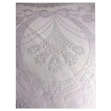 Edwardian 1910 white cotton woven quilted Marcella bedspread - Florals, Ribbons & Scrolls