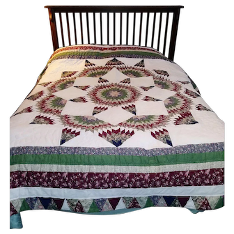 Handmade Sixteen Point Star Quilt c. 1987