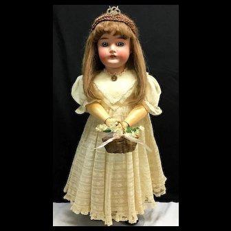 "26"" QUEEN LOUISE Armand Marseille - Beautiful - Antique German Bisque Head Doll"