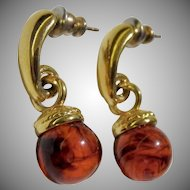 Gold tone vintage amber drop earrings