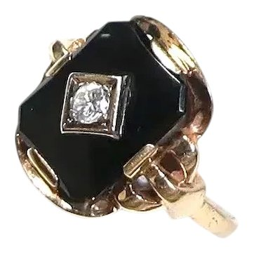 Vintage Onyx Diamond Gold Ring