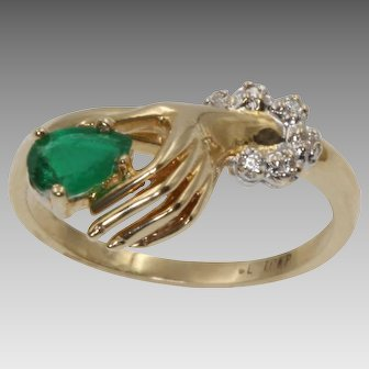 Ladies Vintage 10kt Yellow Gold Emerald And Diamond Hand Ring   9353