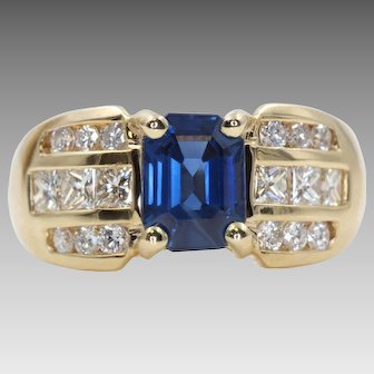 Vintage Ring with Midnight Blue Sapphire and Sparkling Diamonds   9987