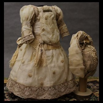 Elegant French dress and hat for doll 20-21""