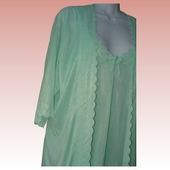 Minty Green Gown Set Nightgown Robe