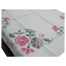 Americana Tablecloth Embroidered Pink Rose Floral Border Small Square Table Linens Dresser Scarf