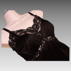 Full Slip Petite Black Lace Vintage Nylon Adonna USA