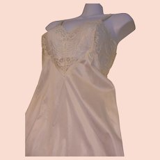 959a7320081 Full Slip Nylon Cream Lace Vintage Adonna USA
