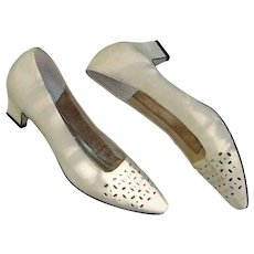 Suede Leather Shoes Pumps Heels Fancy Perforations Comfort Lined Brazil