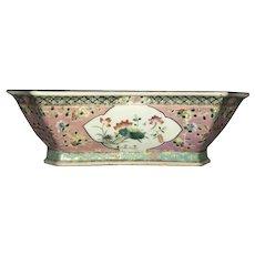 18th-19th Century Canton Porcelain Bowl