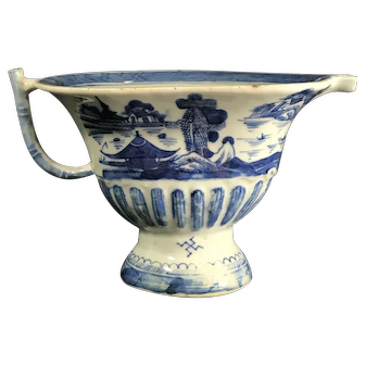 Antique 19th Century Chinese Canton Porcelain Sauce Boat
