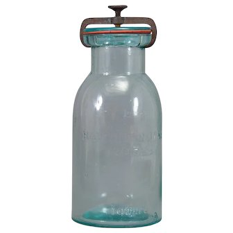 Hamilton Glass Works Bottle Sealer Clamp Top 1 Quart Aqua
