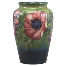 William Moorcroft  (c. 1921-1945) Anemone Vase