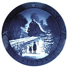 Royal Copenhagen Going Home For Christmas 1973 Christmas Collector Plate