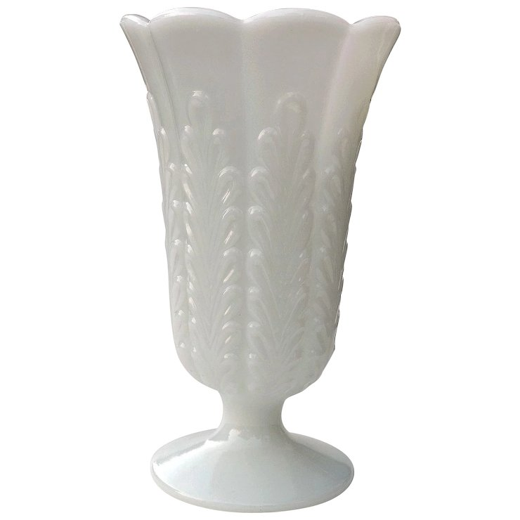 Vintage Eo Brody Milk Glass Footed Vase M5200 Yesterdays