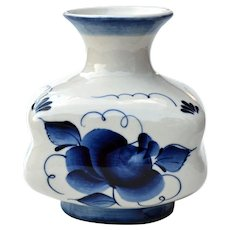 Russian Gzhel Blue & White Porcelain Vase