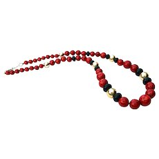 Retro 23 inch Red Graduated Beaded Necklace 1940s -1950s