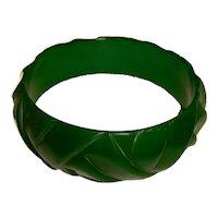 Art Deco Carved Green Bakelite Bangle Bracelet