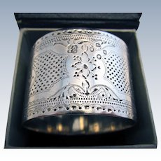 Victorian Antique (1887) French style Hallmarked Sterling Silver English Serviette NAPKIN RING. Guilloche decoration.