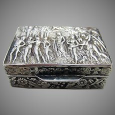 Beautiful Italian Vintage 1977 Solid Sterling SILVER 925 London Import Hallmarked Pill Patch Snuff Pocket Box Case.