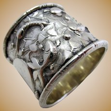 Very Rare Straits Chinese Export Peranakan Solid SILVER Antique Napkin Ring. Marked. Early 20th-Century c.1910.