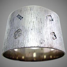 Heavy 47g Bark Effect with Feature Hallmarks, Solid Sterling Silver Serviette Napkin Ring. Retro/Vintage 1972.
