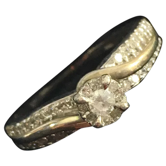 Vintage Hugh E. Murphy Sterling Silver Setting Diamond Ring with Additional Diamonds