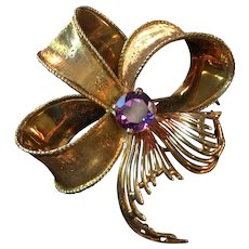 Vintage Ca. 1950's 18K Gold Ribbon Brooch with Amethyst Stone 12.7 Grams