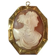 Ca 1900 10k Gold Shell Cameo Brooch, Pendant  12.9 Grams