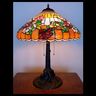 Antique Chicago Mosaic Leaded Glass Table Lamp