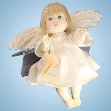 "Kingdom Doll Company Vinyl ""Angel in Flight"" by Lee Middleton DOLL"