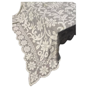 Vintage Handmade Off White Lace Tablecloth * Coverlet * Elegant Country